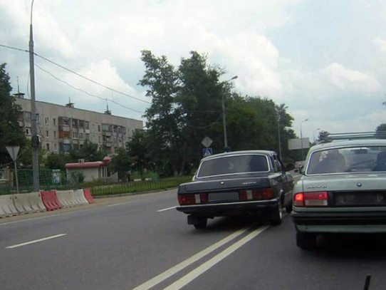 Изображение - Въезд на встречную полосу vyezd-za-dvoinuyu-sploshnuyu